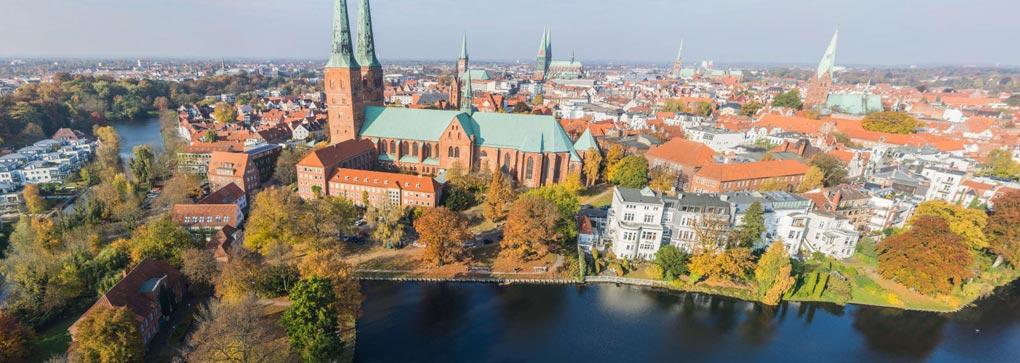 Der Mühlenteich in Lübeck von der Drohne aus